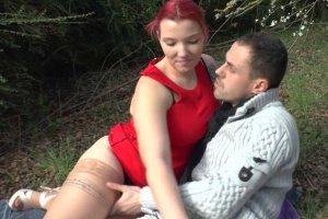 Rose baise avec son mec et papy
