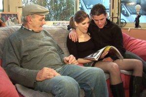 Un retraité partage un plan cul avec Celine